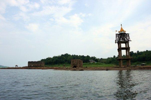 วัดใต้บาดาล Unseen Thailand | Thai Boat Club