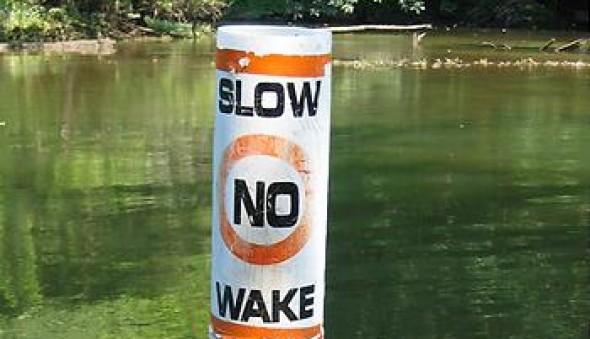 no-wake-bouy-thaiboatclub